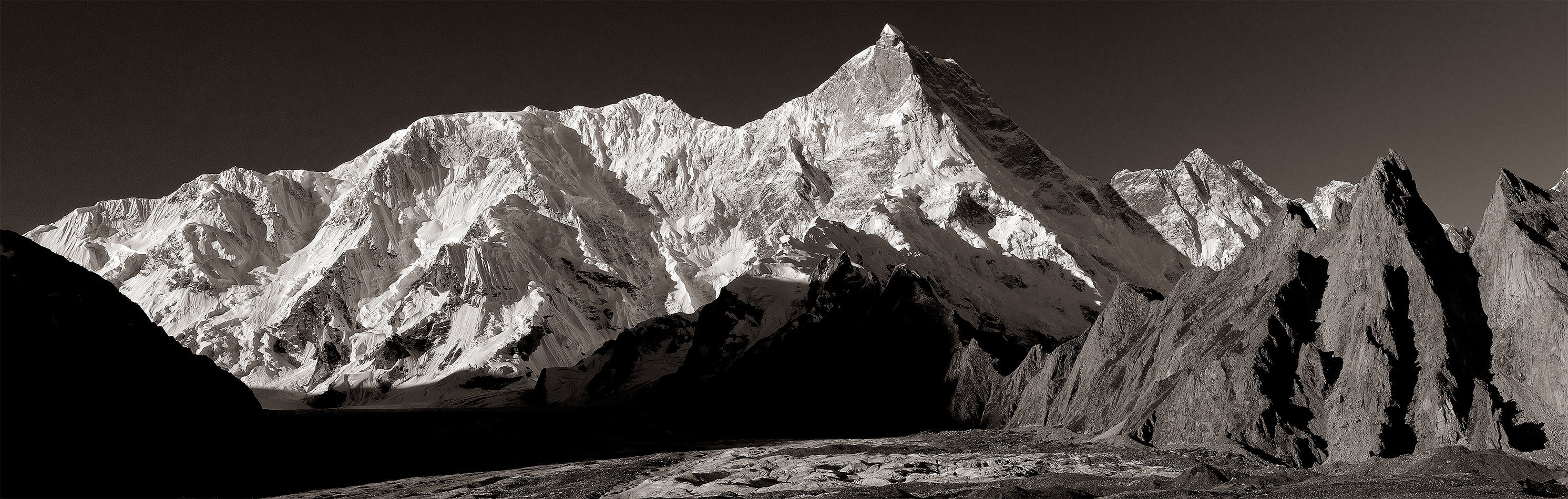 morning_masherbrum_pano_forthe101 copy